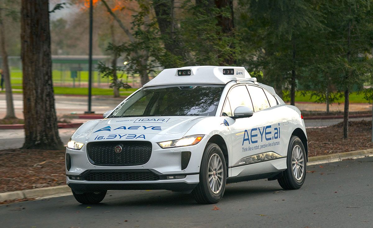 Car with iDAR system mounted on roof.