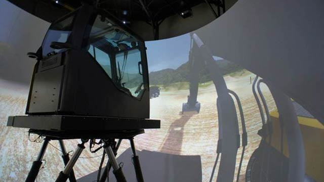Volvo CE Develops Human-in-the-Loop Simulator Using Simscape