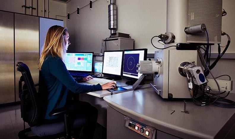 Geräteregelung von Mikroskopen